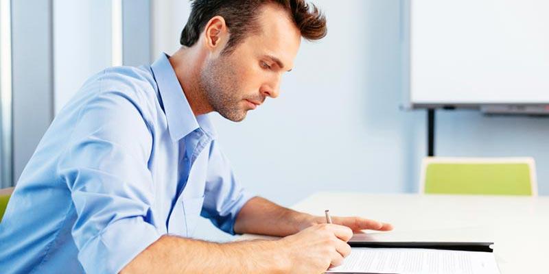 商业计划书PPT制作技巧:前两页听不到重点,直接被打断!